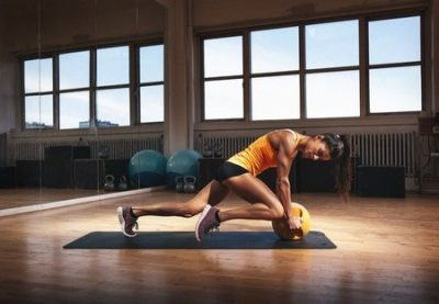 lunge with kettlebell